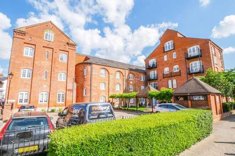 3 bedroom apartment for sale - Barley Way, Marlow