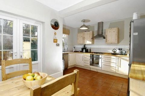 4 bedroom detached house to rent - Tavistock Drive, Nottingham
