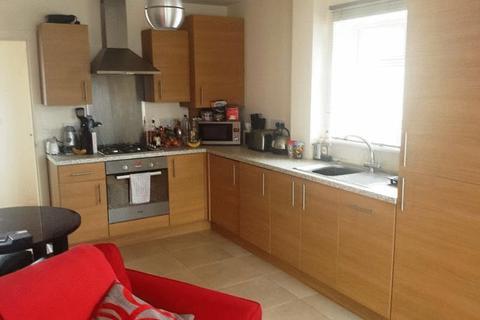 2 bedroom terraced house to rent - 2 double bedroom house in Winton