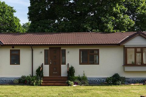 2 bedroom park home for sale - Sandleford Lodge Park, Thatcham