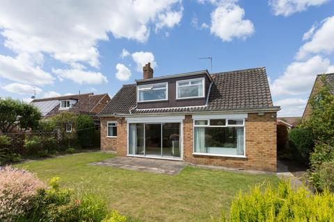 3 bedroom detached bungalow for sale - Sandstock Road, off Stockton Lane, York