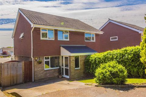 3 bedroom semi-detached house for sale - Lowick Court, Moulton