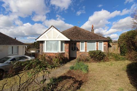 2 bedroom detached bungalow for sale - Northease Drive, Hove BN3