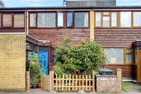 3 bedroom terraced house for sale - Partridge Way, London, N22