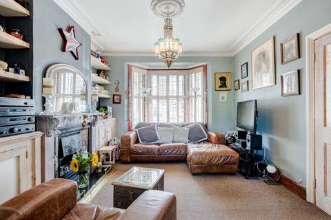 3 bedroom terraced house for sale - Lorne Road,Brighton