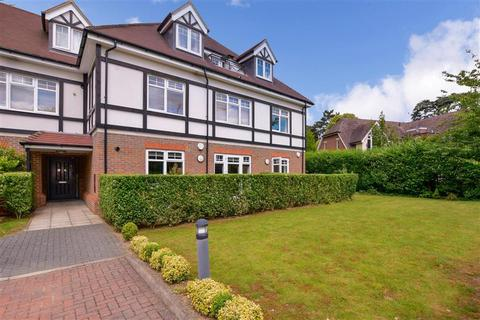 1 bedroom ground floor flat for sale - Woodcote Valley Road, Purley, Surrey