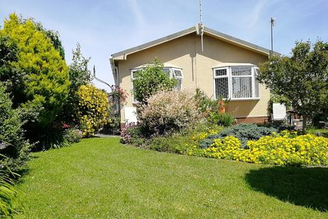 3 bedroom mobile home for sale - Willow Park, Gladstone Way