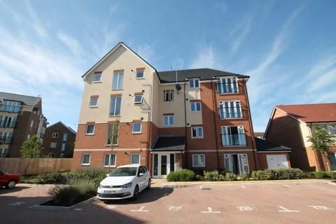 2 bedroom apartment for sale - Lyndhurst House, Monarch Way, Shoreham-by-Sea, West Sussex, BN43 6DL