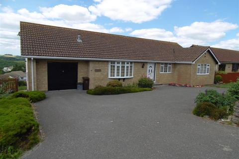 3 bedroom detached bungalow for sale - Barbican Road, Looe