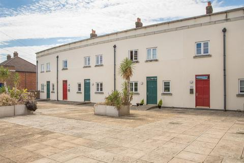 2 bedroom flat for sale - Wedgewood Street, Fairford Leys