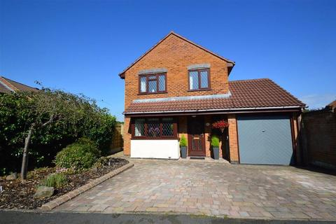 4 bedroom detached house for sale - Drummond Way, Macclesfield