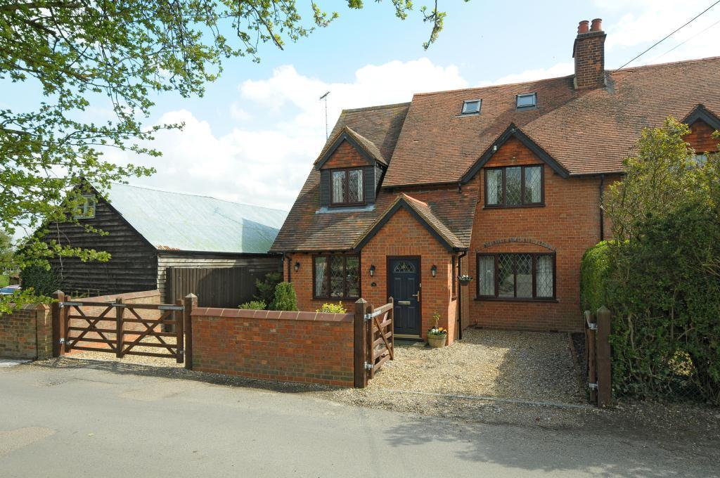 Mill Lane, Wingrave, Aylesbury, Buckinghamshire 4 bed semi ...