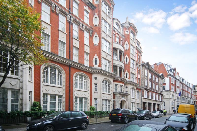 3 Bedrooms Flat for sale in Lincoln House, Basil Street, Knightsbridge, London, SW3