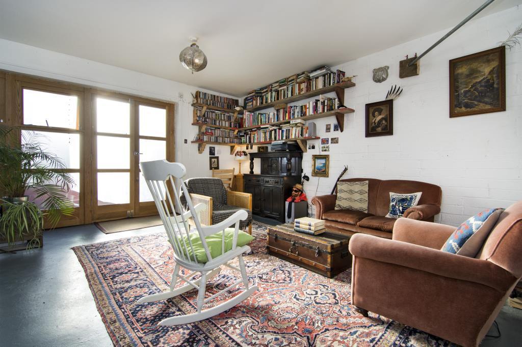 1 Bedroom Flat for sale in Hackney Road, London, E2