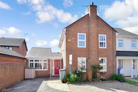 3 bedroom semi-detached house for sale - Adisham Green, Kemsley, Sittingbourne, Kent