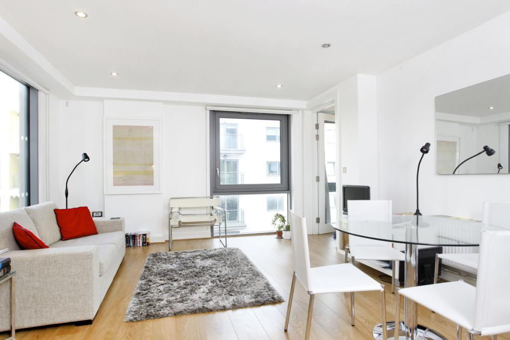 1 Bedroom Flat for sale in Craig Tower, Aqua Vista Square, London, E3