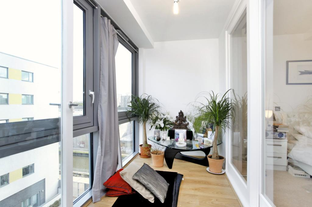 1 Bedroom Flat for sale in Craig Tower, Aqua Vista Square, London, E3