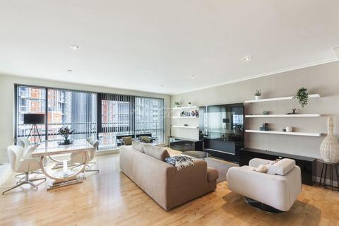 2 bedroom flat for sale - Discovery Dock East, Canary Wharf, E14