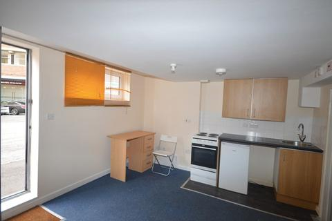 Studio to rent - |REF:J| Mede House, Southampton Street, SO15