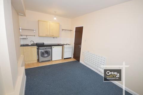 Studio to rent -  Ref: MED-D ,  Salisbury Street, Southampton, SO15 2TZ