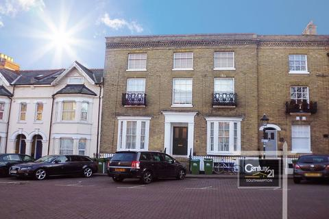 1 bedroom flat to rent - REF[B8] Cranbury Place, Southampton, SO14 0LG
