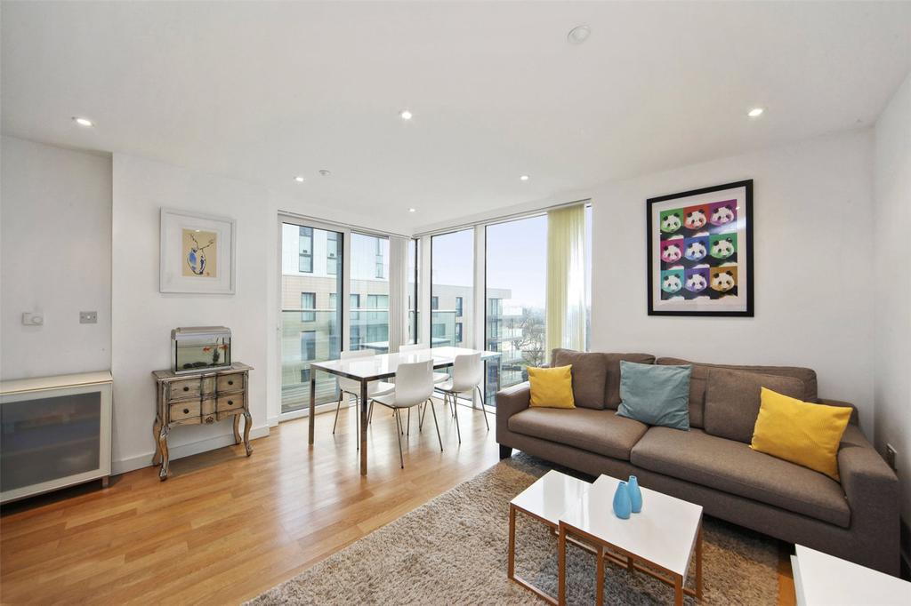 3 Bedrooms Flat for sale in Residence Tower, Woodberry Grove, London, N4