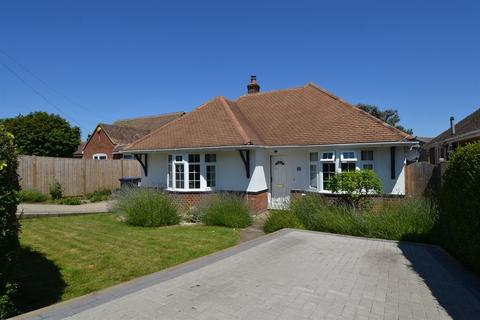 3 bedroom detached bungalow for sale - Gordon Road, Whitstable
