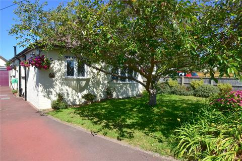4 bedroom bungalow for sale - Griffiths Avenue, North Lancing, West Sussex, BN15