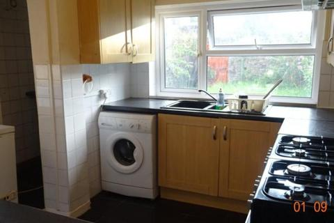 5 bedroom house share to rent - Clun Terrace, Cathays, Cardiff