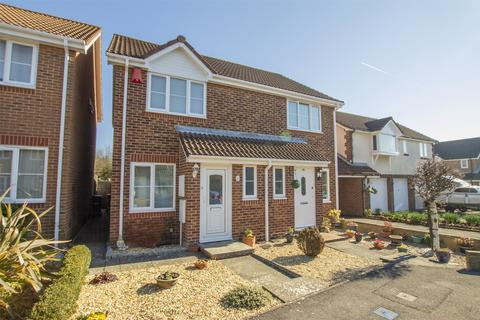 2 bedroom semi-detached house to rent - Albacore Avenue, Warsash, Hampshire