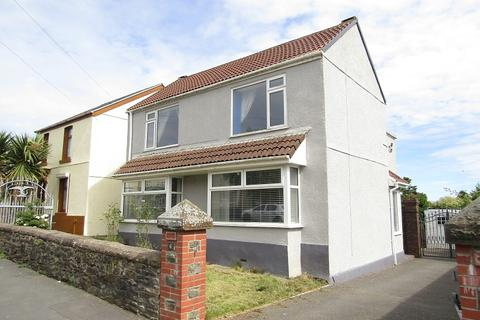 4 bedroom detached house for sale - Pengwern Road, Clase, Swansea, City And County of Swansea.