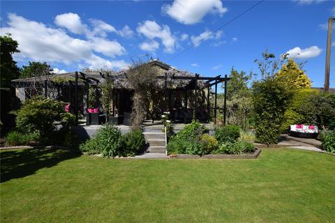 3 bedroom detached bungalow for sale - Mill Isle, Wolsingham, Bishop Auckland, Durham, DL13