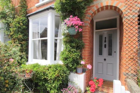 3 bedroom terraced house for sale - Gladstone Road, Woodbridge, IP12 1EF