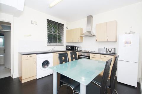 3 bedroom terraced house to rent - Kilravock Street, Queens Park Estate W10