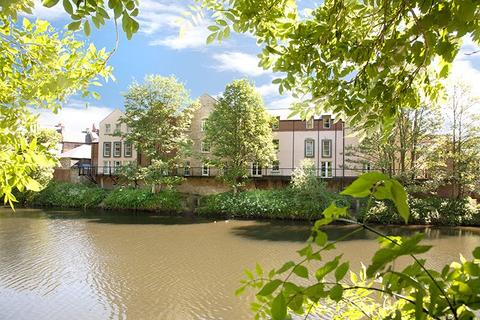 3 bedroom apartment for sale - St Andrews Court, Durham City, DH1
