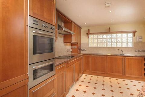 3 bedroom apartment for sale - Princess Mary Court, Jesmond, NE2