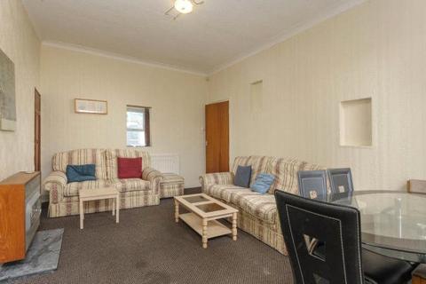 3 bedroom apartment for sale - Chester Street, Sandyford, NE2