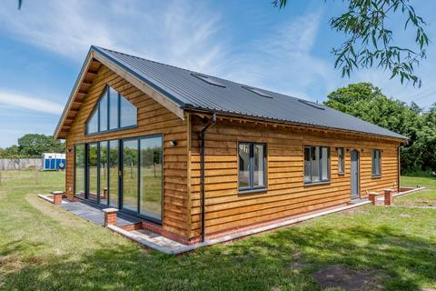 3 bedroom barn conversion for sale - Ramsey, Harwich