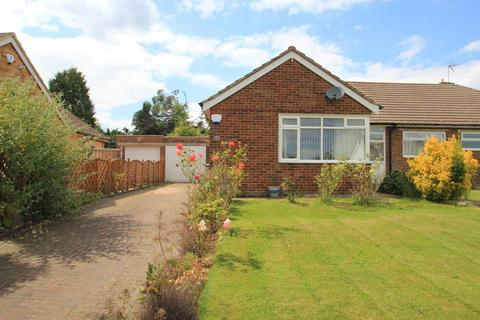 2 bedroom semi-detached house for sale - Wheatfield Way, Cranbrook, Kent, TN17 3LX