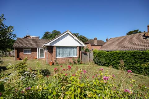 2 bedroom bungalow for sale -  Richington Way,  Seaford, BN25