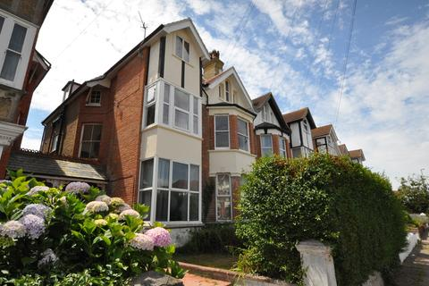 2 bedroom apartment for sale - Wickham Avenue, Bexhill-on-Sea, TN39