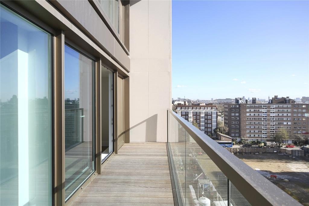 3 Bedrooms Flat for sale in Lord Kensington House, 5 Radnor Terrace, Kensington, London, W14