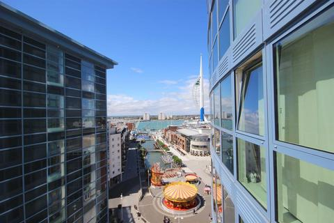 2 bedroom flat to rent - Number One Building, Gunwharf Quays, Portsmouth