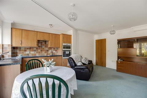 2 bedroom apartment for sale - Hoxton Close, Ashford