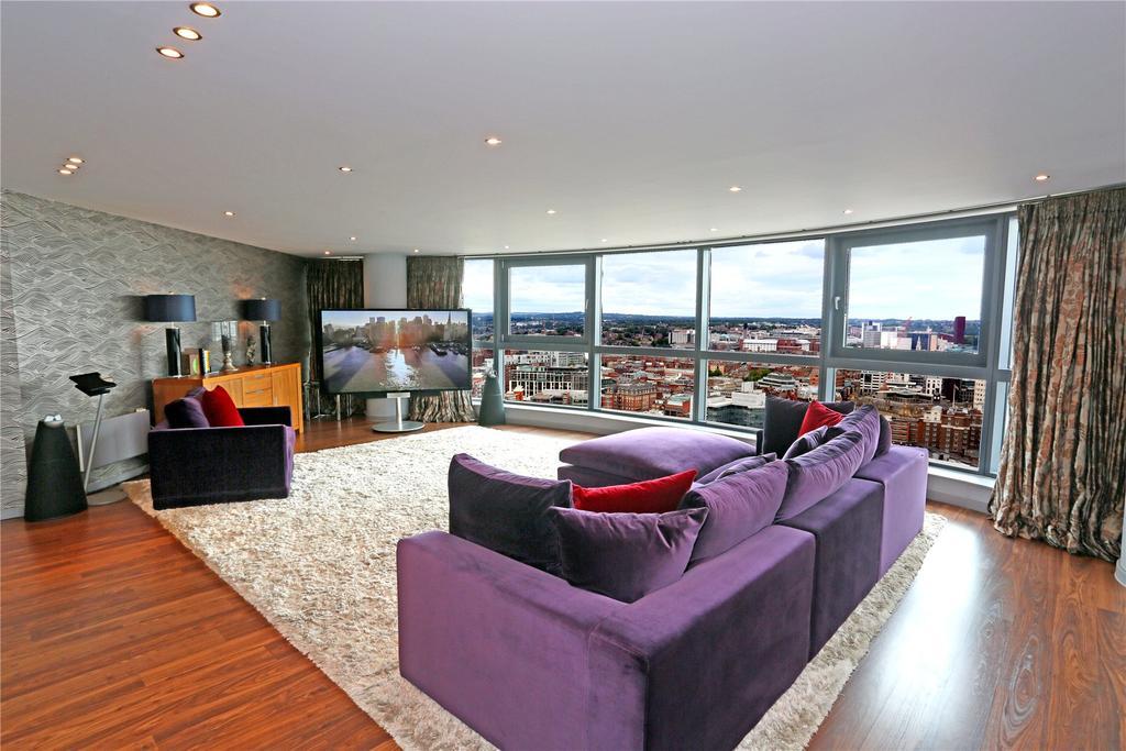 3 Bedrooms Flat for sale in Bridgewater Place, Water Lane, Leeds, West Yorkshire