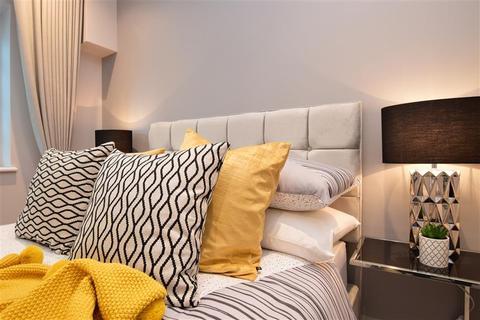 2 bedroom apartment for sale - Saxley Court, Victoria Road, Horley, Surrey