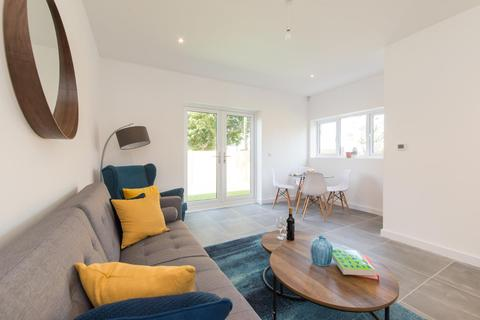4 bedroom end of terrace house for sale - The Droveway, St. Margarets Bay, Dover