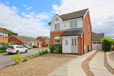 3 bedroom house for sale - Marchant Close, Beverley