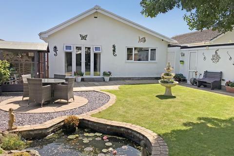 3 bedroom detached bungalow for sale - Winsford Road, Torquay, TQ2
