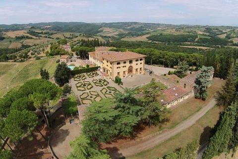 75 bedroom villa - San Gimignano, Siena, Tuscany